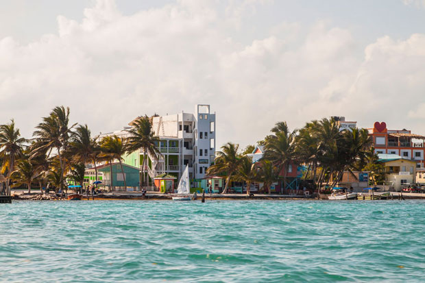 Belize reaches half million in overnight tourism arrivals