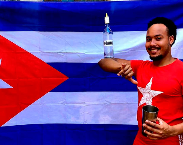 Flair style in Cuba, more than bottles in the air